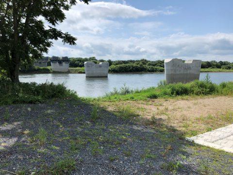 新小谷木橋現場見学 北上川に設置された下部工