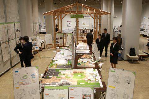 建築科の展示風景